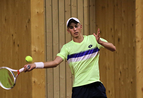Favourites advance on Day 3 in Klosters
